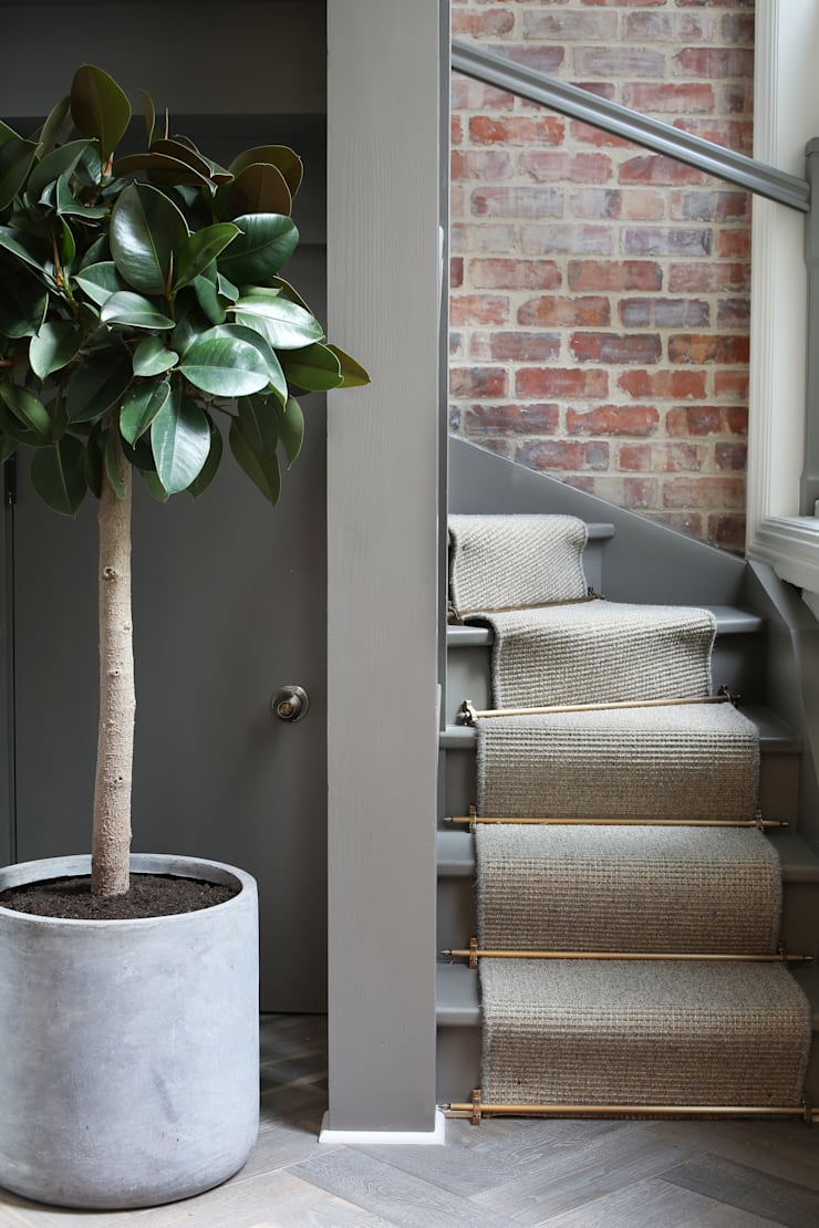 Luxury London penthouse:  Corridor & hallway by Alex Maguire Photography