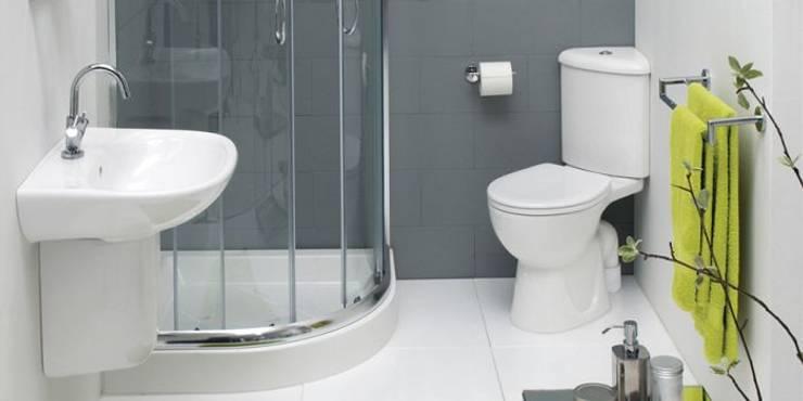 Baños de estilo moderno por Tbeks