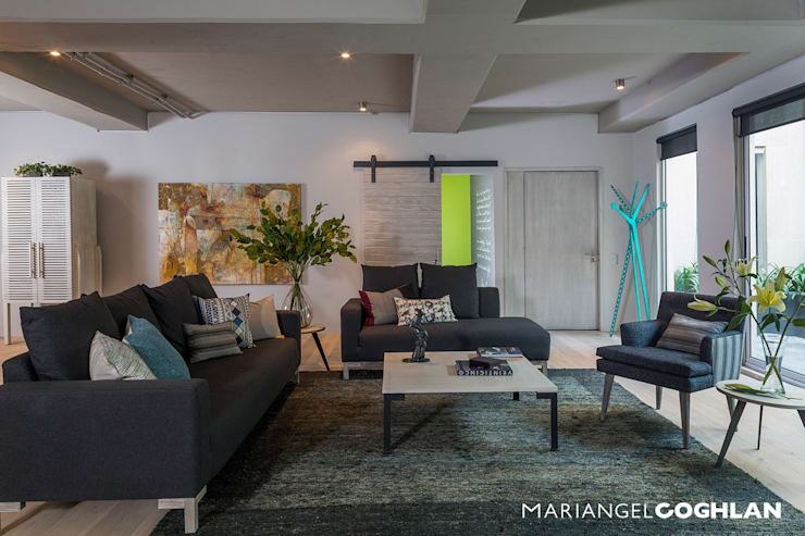 Salas de estilo  por MARIANGEL COGHLAN