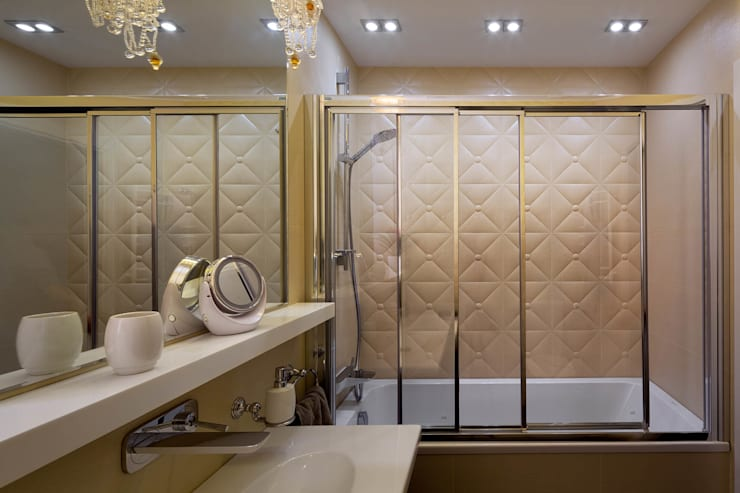 Bagno in stile  di U-Style design studio
