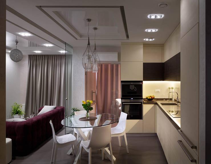 Элегантный интерьер для семьи с активным ребенком: Кухни в . Автор – U-Style design studio