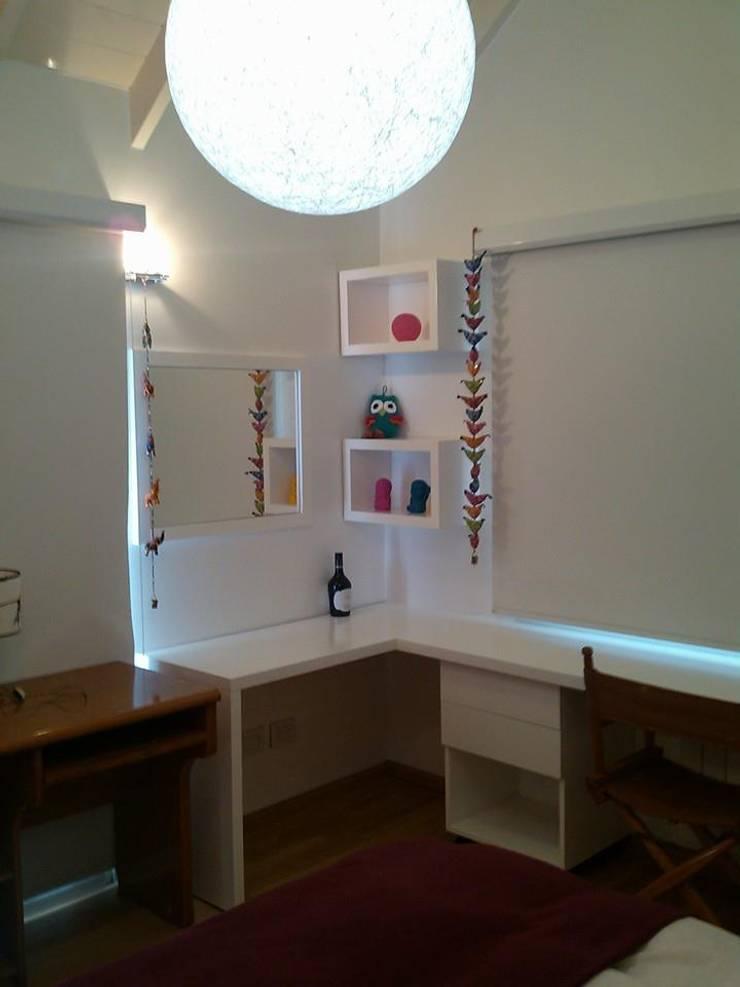Arquitectura de interiores: Dormitorios:  de estilo  por rl.decoarq,Moderno