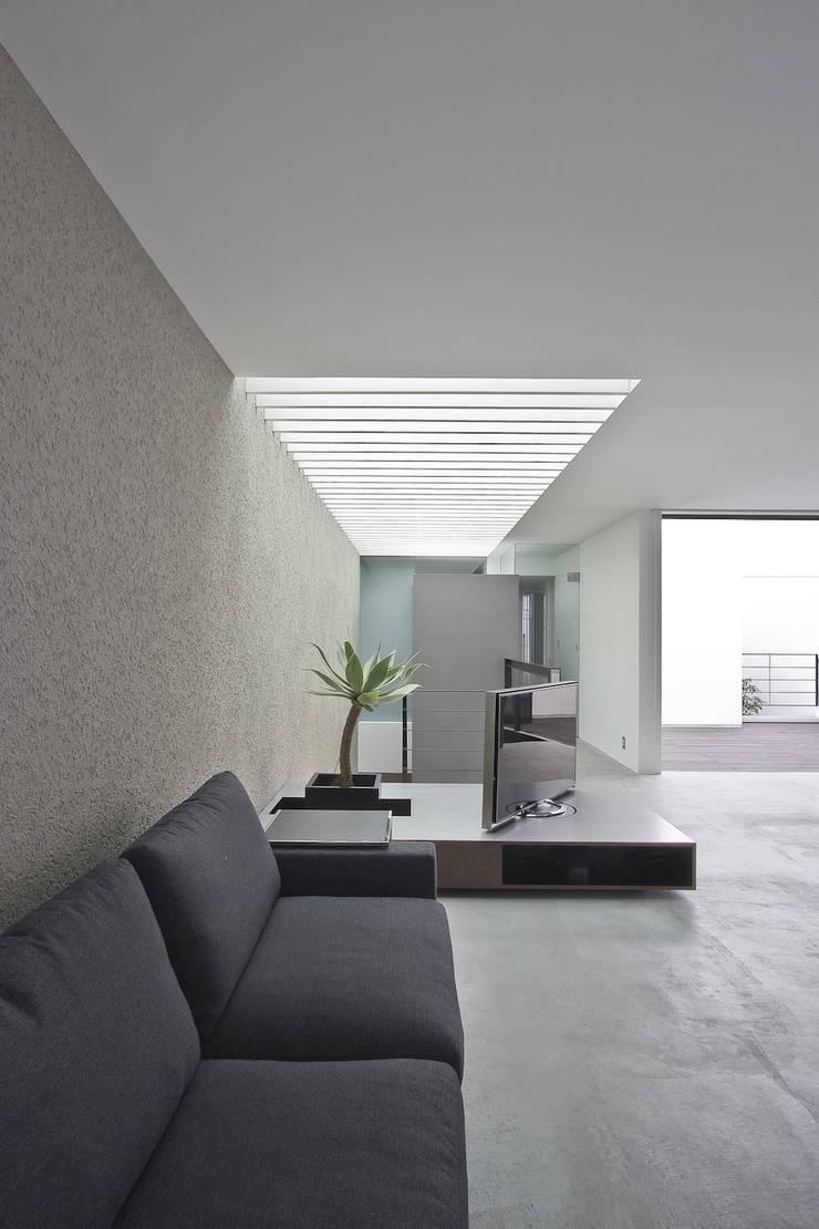 Living room by エスプレックス ESPREX