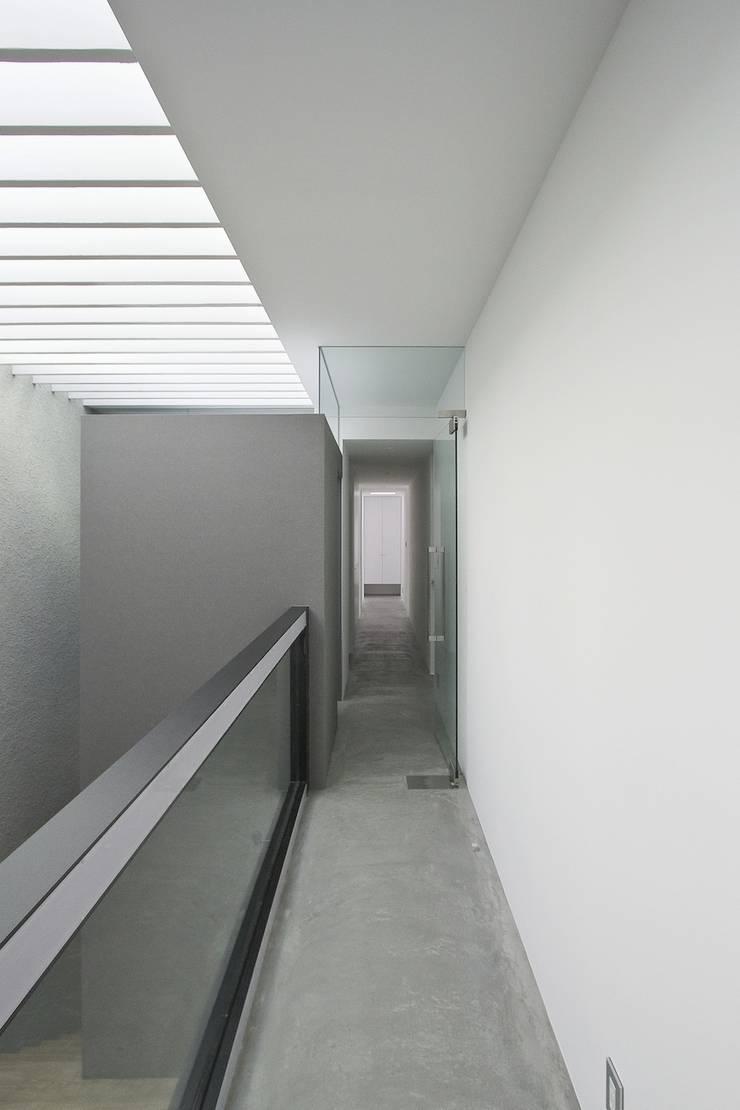 Corridor & hallway by エスプレックス ESPREX
