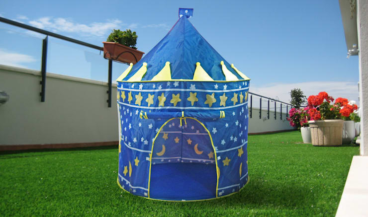 2117A CASITA INFANTIL POP UP AZUL: Habitaciones infantiles de estilo  de JOCCA - Qualimax International S.L.