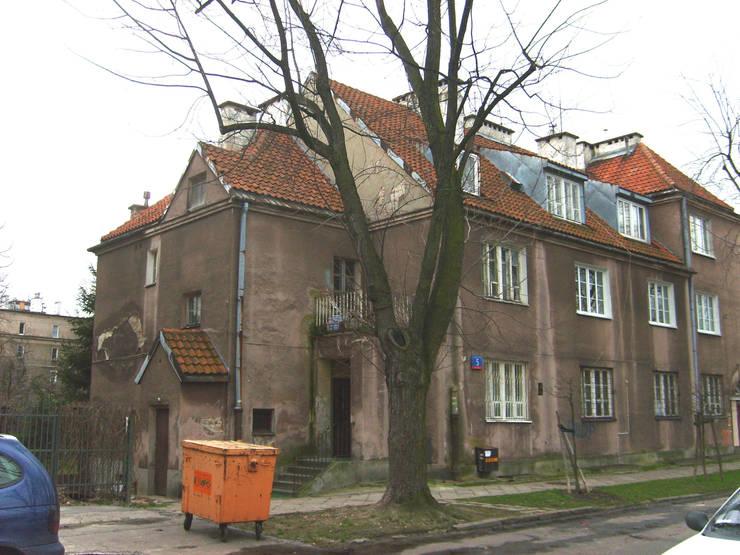 Stan przed przebudową.: styl , w kategorii  zaprojektowany przez Nowak i Nowak Architekci