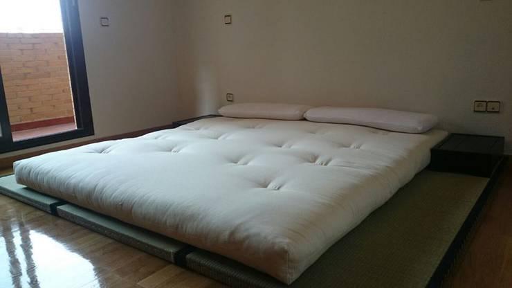 TATAMI Y FUTÓN: Dormitorios de estilo  de FUTONART