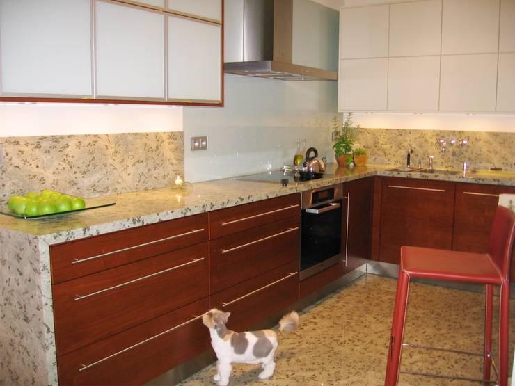 Kitchen by Anna Buczny PROJEKTOWANIE WNĘTRZ, Classic