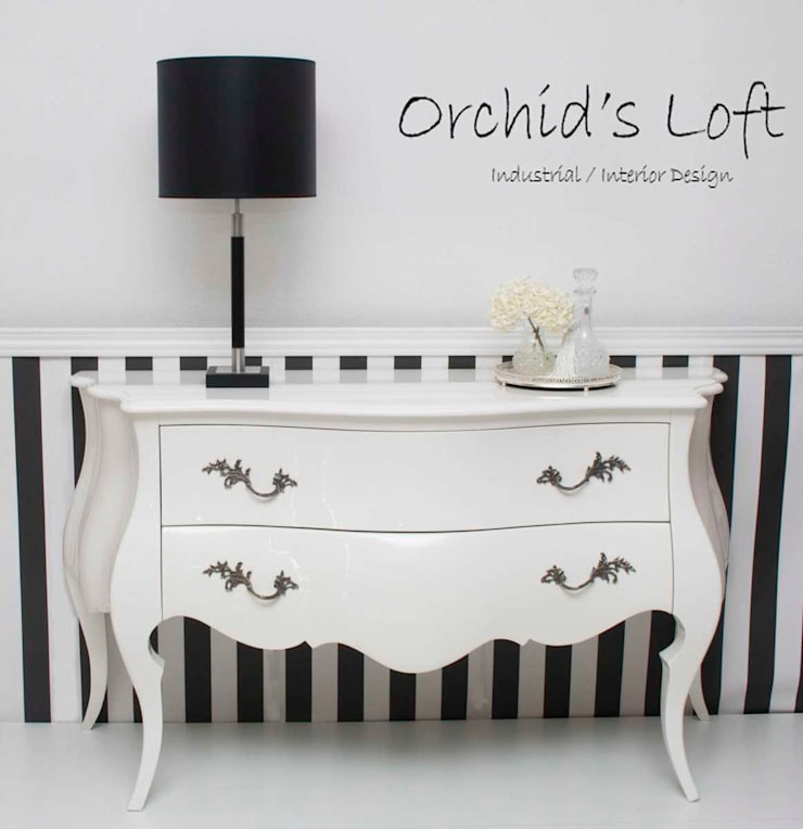 Birkin: Corredor, hall e escadas  por ORCHIDS LOFT