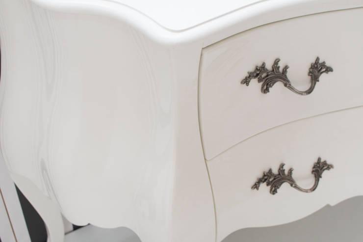 Birkin: Quarto  por ORCHIDS LOFT