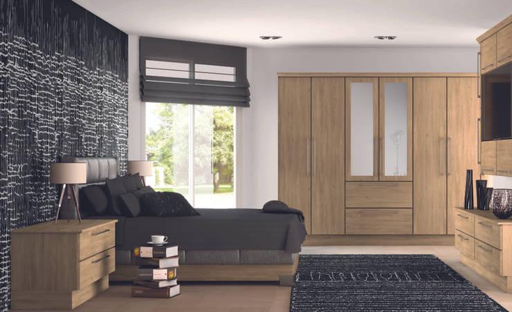 DM Design Arlington Oak Doors:  Bedroom by DM Design