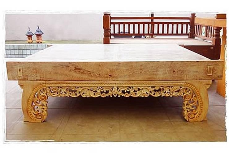 Potpourri de muebles importados: Livings de estilo ecléctico por Opiusly