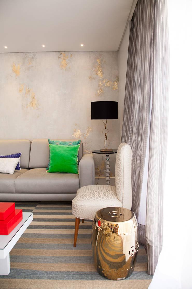 detalhe living : Salas de estar modernas por Arquitetura Juliana Fabrizzi