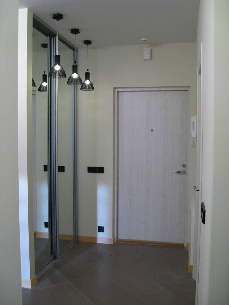 Квартира по финским лекалам: Коридор и прихожая в . Автор – Format A5 Fontanka