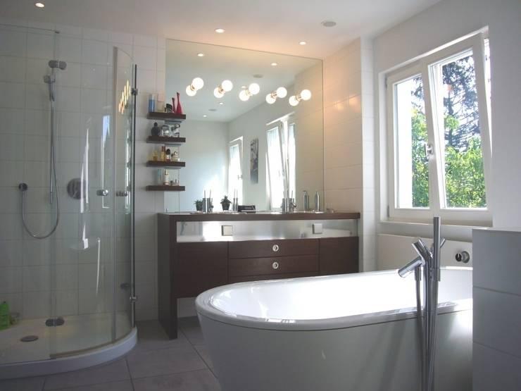 Bad OG: moderne Badezimmer von ketterer innenarchitektur