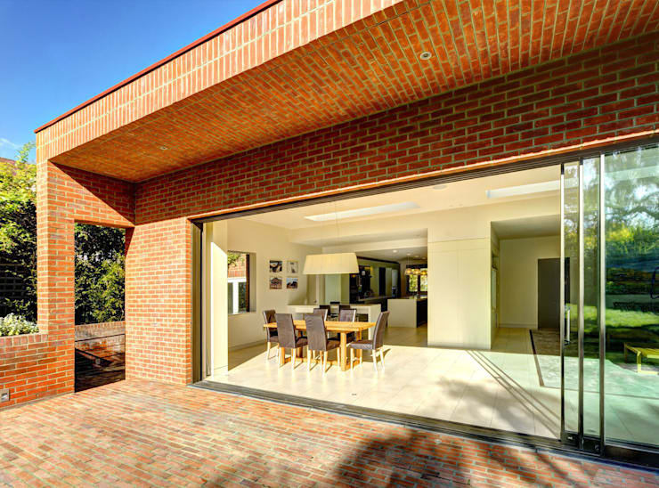 Muswell Hill House - 7:  Dining room by Jonathan Clark Architects
