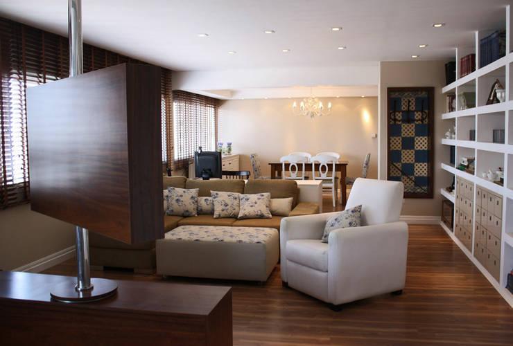 Sala de Estar: Salas de estar  por Graf Arquitetura & Interiores