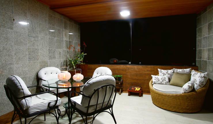 Sala estar/jantar dos anjos: Terraços  por Celia Beatriz Arquitetura
