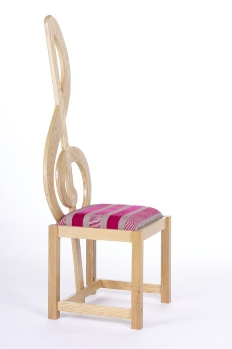 Treble Clef Chair:  Multimedia room by Brocklehurst Furniture