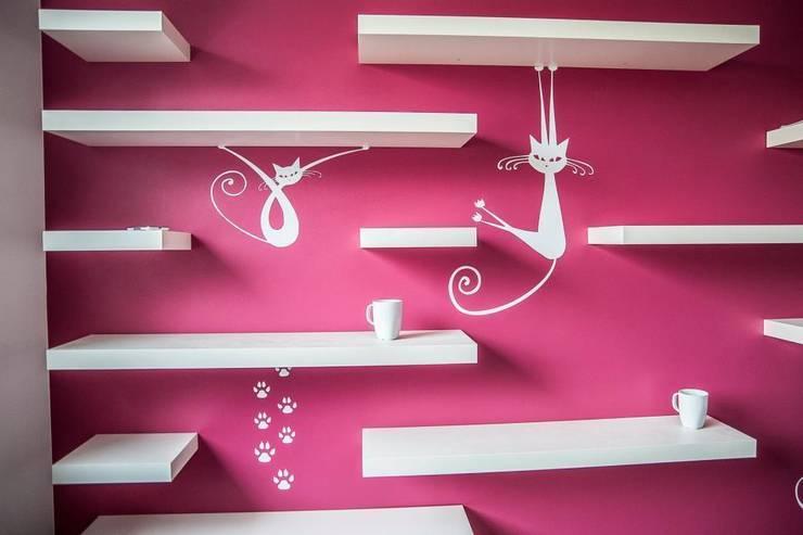 Dom Solskiego Myślenice: styl , w kategorii Pokój dziecięcy zaprojektowany przez Novi art
