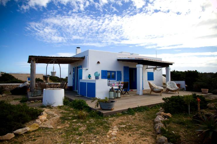 -: Casas de estilo  de xavi requeno