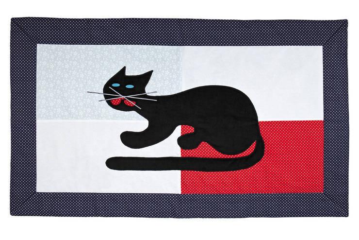dywanik bawełniany z aplikacją kota: styl , w kategorii Pokój dziecięcy zaprojektowany przez Orangeria / Igolo