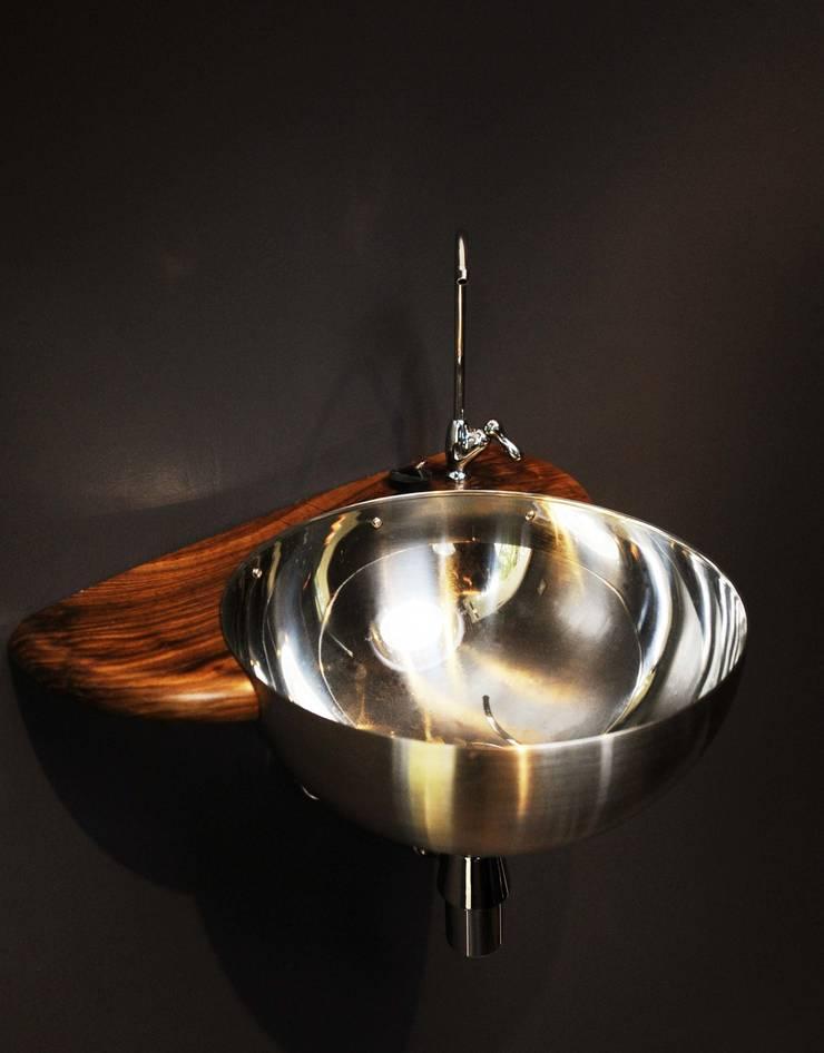 Sink:  Study/office by Archipod