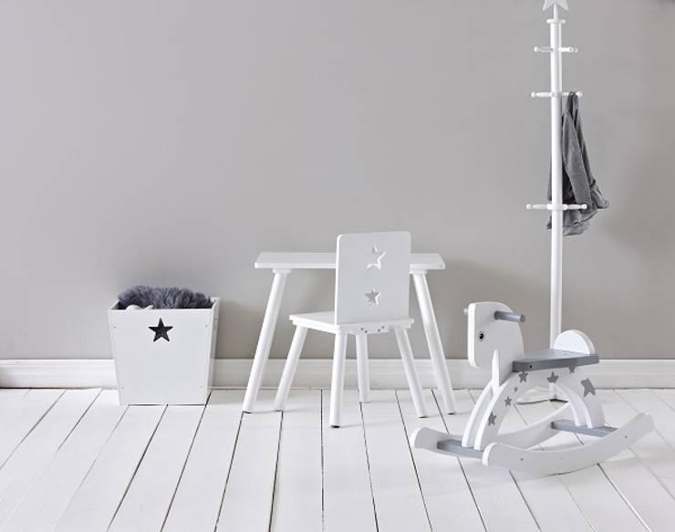 Szare jest piękne: styl , w kategorii Pokój dziecięcy zaprojektowany przez Sklep Internetowy Kiddyfave.pl
