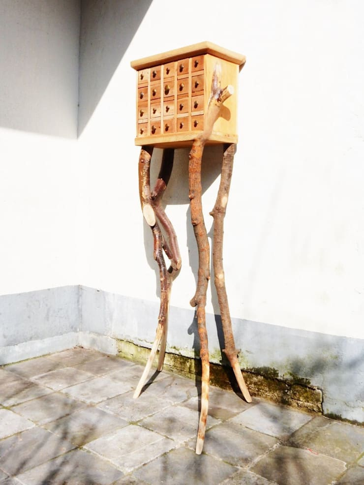 cerberus:   door K studio, Eclectisch
