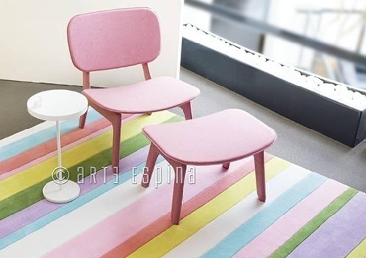 Dywan dla dzieci w wiosennych barwach: styl , w kategorii  zaprojektowany przez Sklep Internetowy Kiddyfave.pl,Nowoczesny