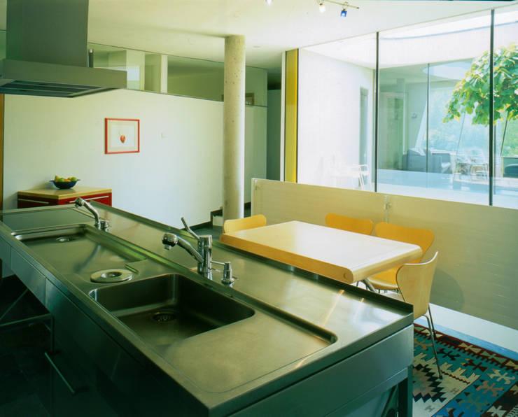 Haus F:  Küche von Architekt Daniel Fügenschuh ZT GMBH