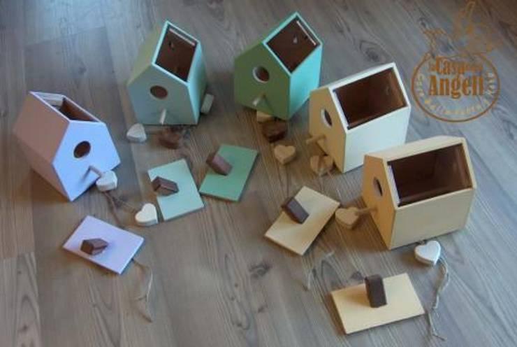 Casette per uccelli: Giardino in stile  di La Casa degli Angeli di Michele Rinaldo