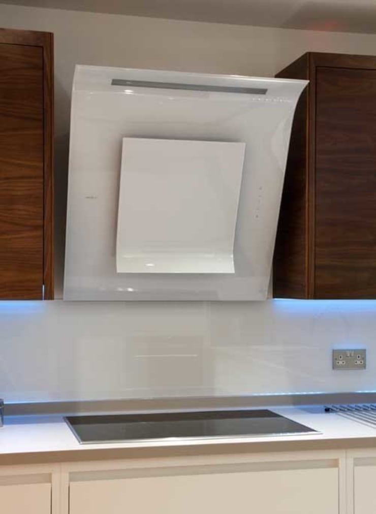 Cooker extractor:  Kitchen by John Ladbury and Company