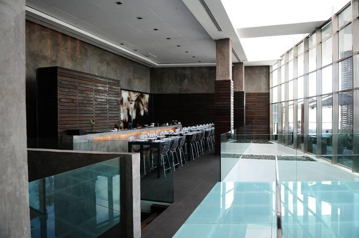 Gastronomy by Tellini Vontobel Arquitetura, Modern