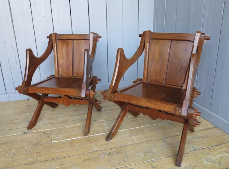 Pair of Antique Gothic Glastonbury Chairs:  Living room by UK Architectural Antiques