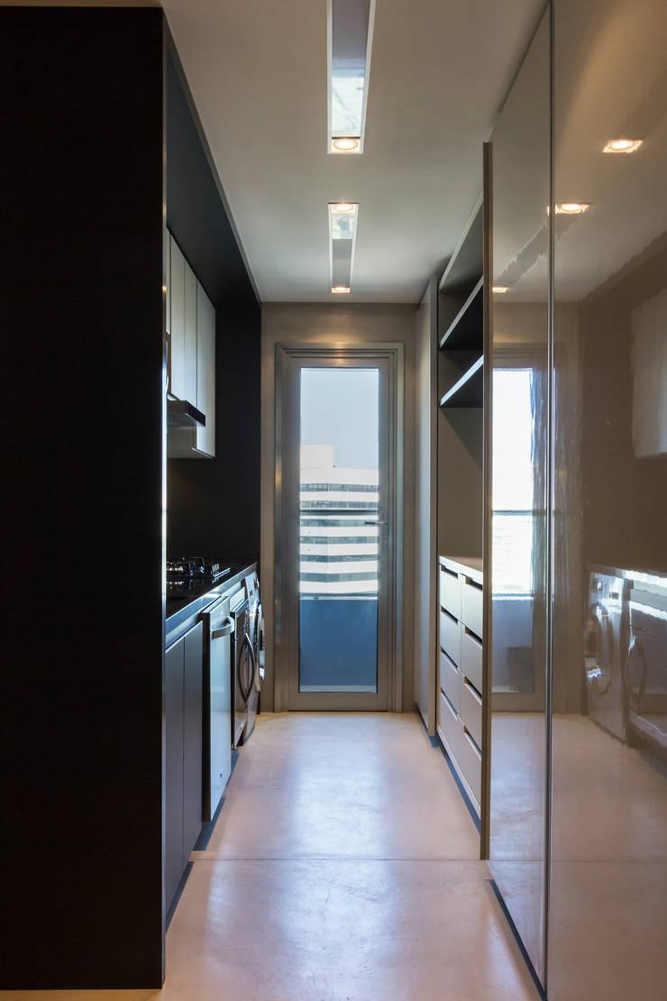 Dapur oleh Studiodwg Arquitetura e Interiores Ltda. , Modern