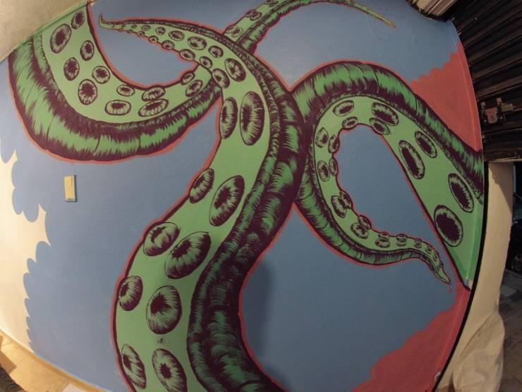 mural: Restaurantes de estilo  por Armatoste studio