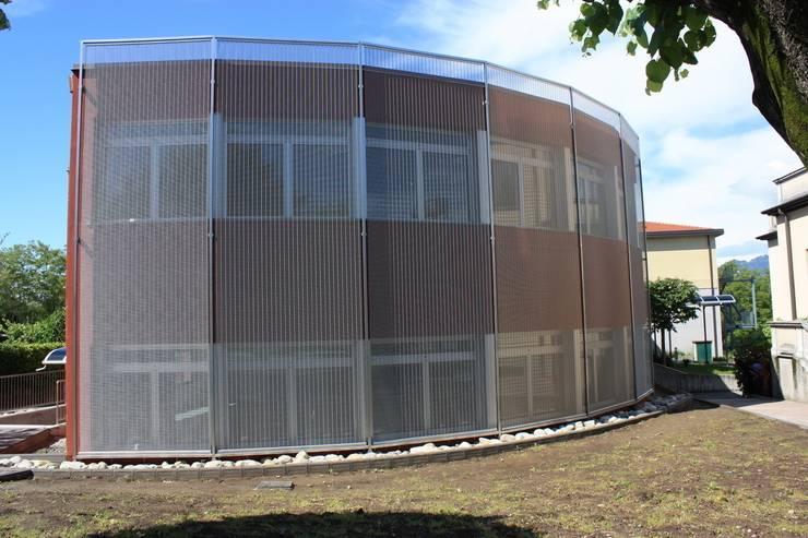 COMUNE DI LUISAGO - Frangisole : Case in stile in stile Moderno di Tessitura Tele Metalliche Rossi