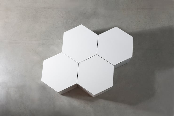 HEXA : Salones de estilo  de CARDBOARD FURNITURE AND PROJECTS
