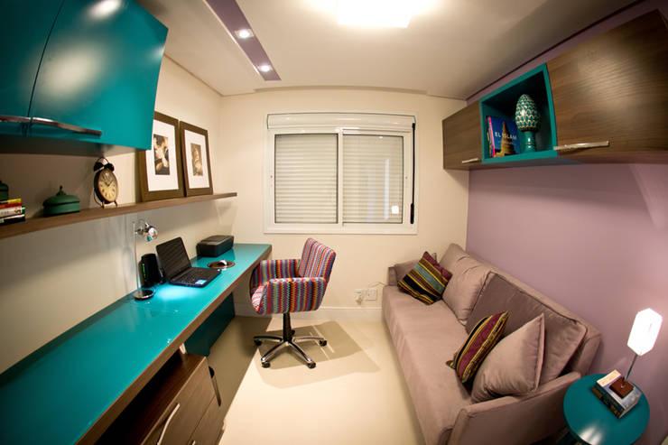 Home Office Colorido: Escritórios  por INOVA Arquitetura