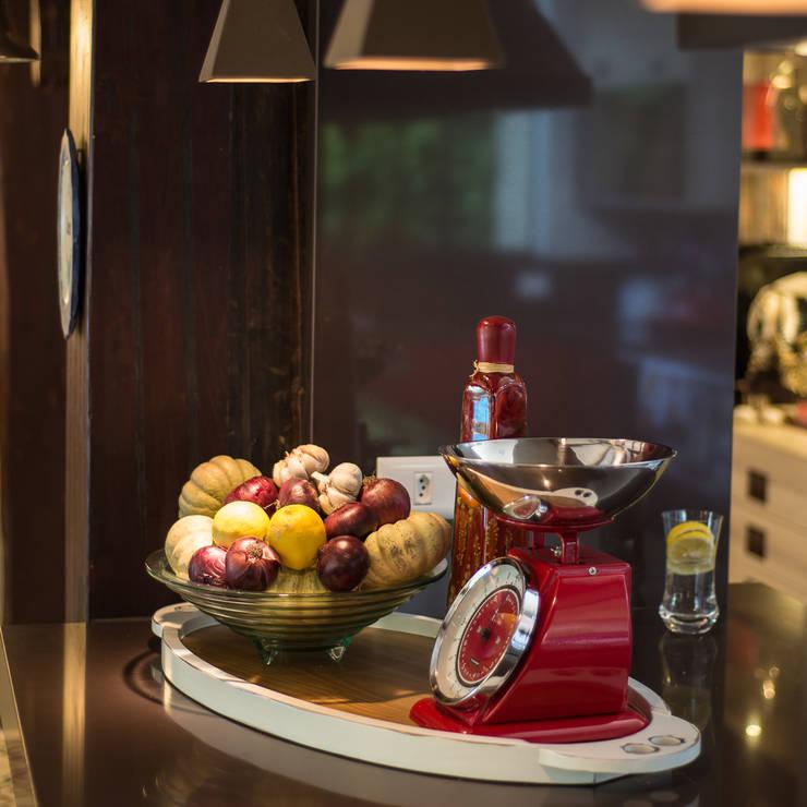 Varanda Gourmet   Campo Grande MS: Cozinha  por Camila Tannous Arquitetura & Interiores