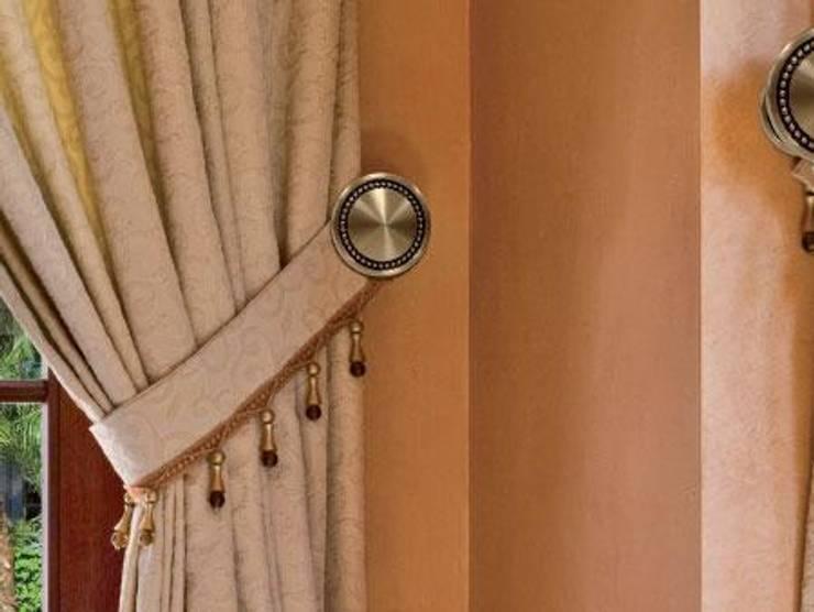 Accesorios para cortinas: Hogar de estilo  de PERSIANAS LAVIRGEN