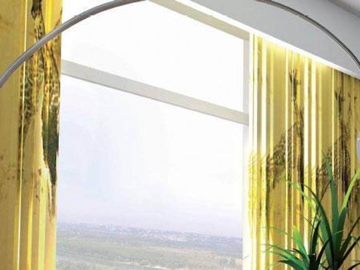 Rieles de aluminio: Hogar de estilo  de PERSIANAS LAVIRGEN