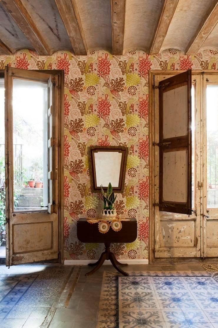 Catalina Estrada Wallpaper ref 1280052:  Walls & flooring by Paper Moon