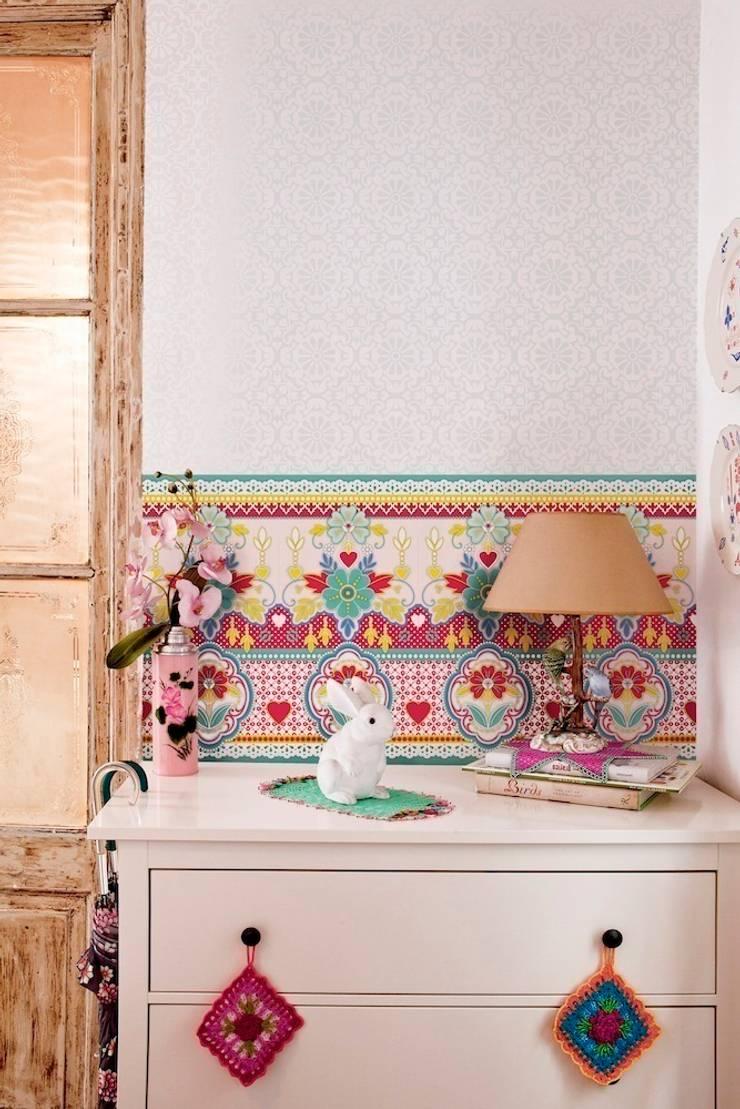 Catalina Estrada Wallpaper ref 1280088:  Walls & flooring by Paper Moon