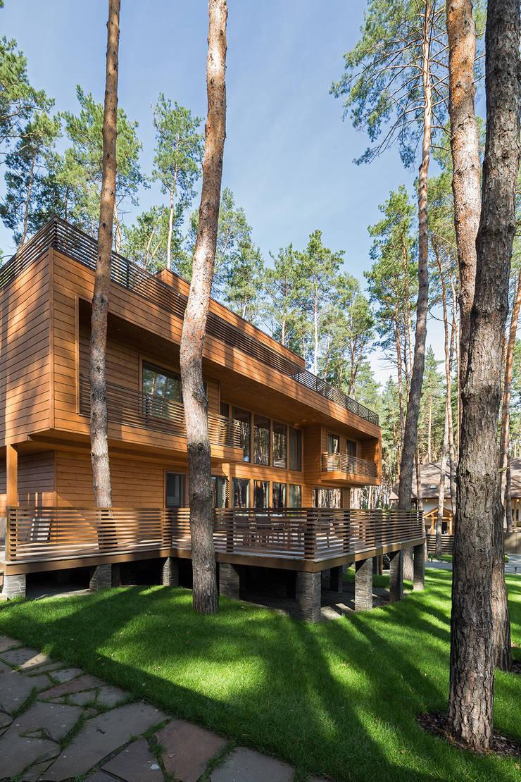 Autonomous house:  в . Автор – APRIL DESIGN,