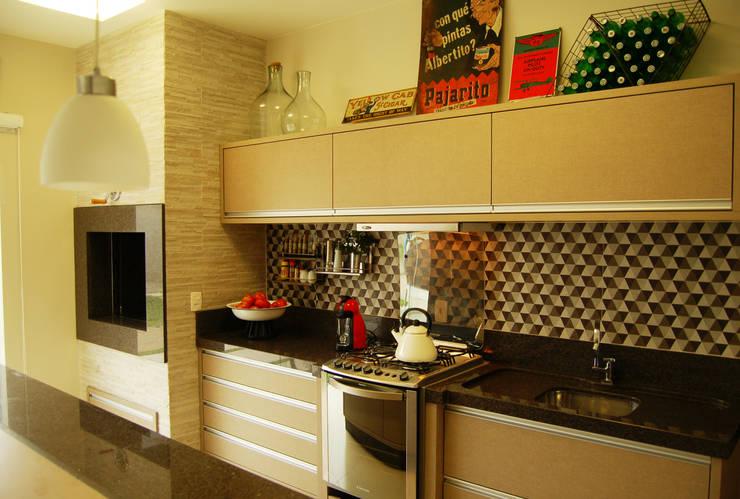Cocinas de estilo  por Sandro Clemes