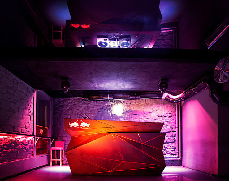 Cooler Club: styl , w kategorii Salon zaprojektowany przez musk collective design