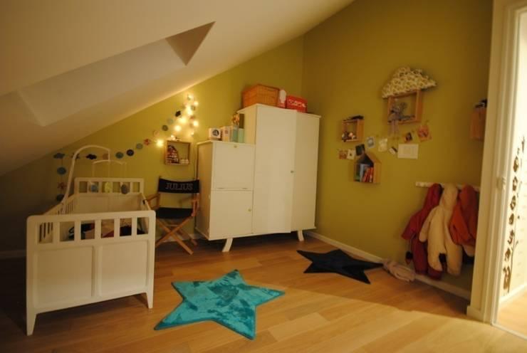 APPART2 - CHAMBRE ENFANT: Chambre d'enfant de style de style Moderne par Architecture 3j