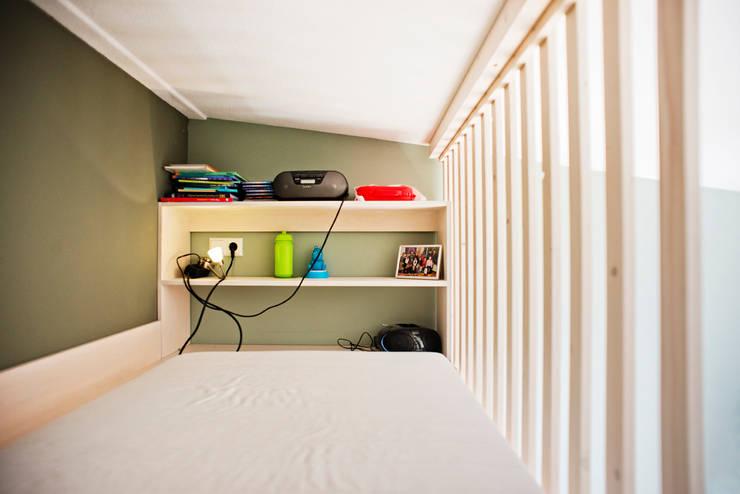 Bunk Bed: modern  door Atelier 010, Modern